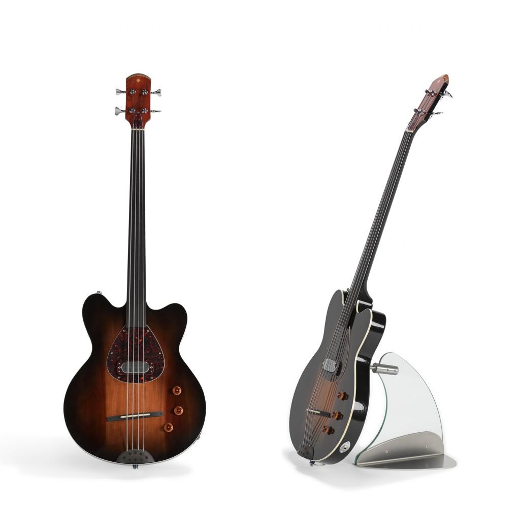 Floating-Guitar-Mini-Stand_RGB02